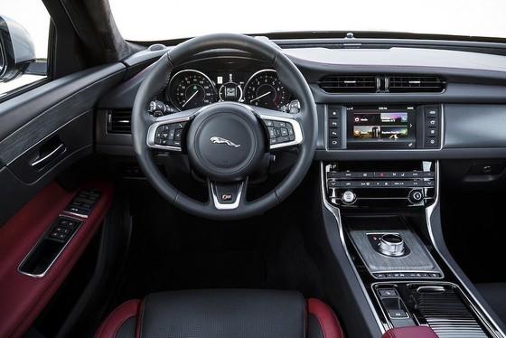 Xế sang Jaguar XF 2019 thêm tiện nghi và phiên bản mới ảnh 4