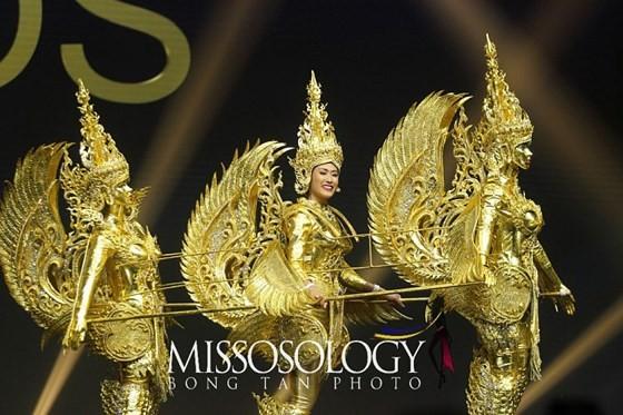 Lần đầu tiên trong lịch sử: Đại diện Việt Nam - H'Hen Niê vào Top 5 Hoa hậu Hoàn vũ ảnh 22