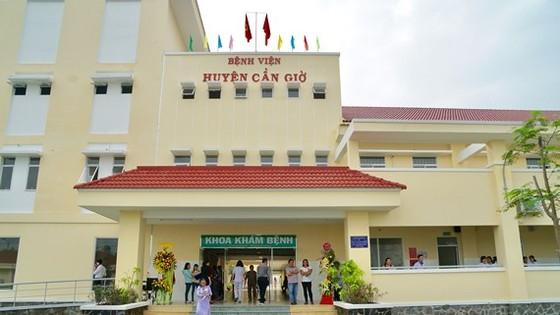 Ngày 29-12, UBND TPHCM khánh thành Bệnh viện Đa khoa huyện Cần Giờ. Ảnh: HOÀNG HÙNG