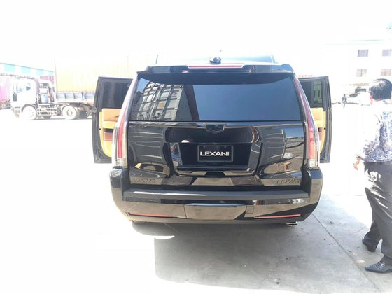 'Chuyên cơ mặt đất' Cadillac Escalade độ Lexani hàng độc về Việt Nam ảnh 6