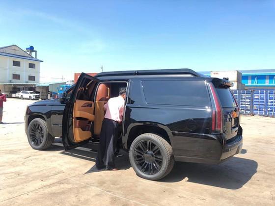 'Chuyên cơ mặt đất' Cadillac Escalade độ Lexani hàng độc về Việt Nam ảnh 5
