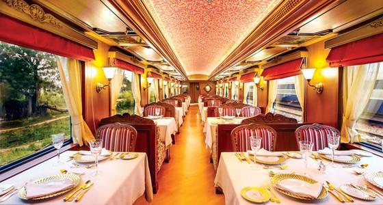 Trải nghiệm tàu hỏa xa hoa nhất thế giới ảnh 1