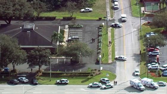 Nổ súng tại ngân hàng ở bang Florida, ít nhất 5 người thiệt mạng ảnh 4