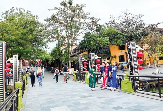 Đà Nẵng - Quảng Nam tạo thân thiện từ du lịch  ảnh 1