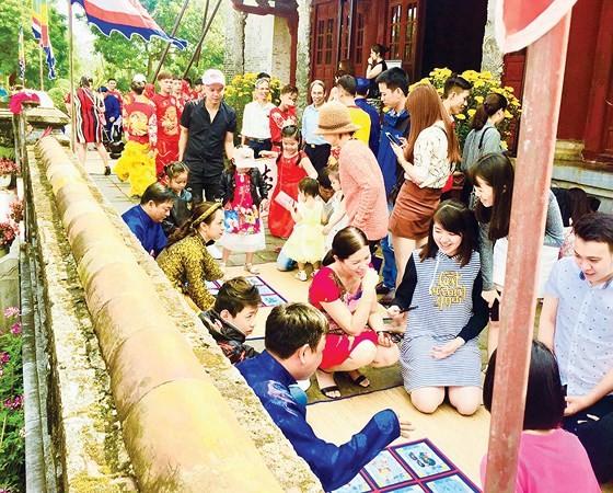 Nét đẹp lễ hội đầu Xuân Huế ảnh 4