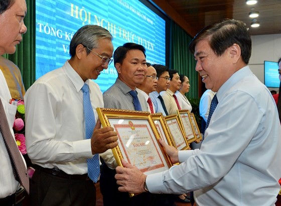Bí thư Thành ủy TPHCM Nguyễn Thiện Nhân: Triệt để, đồng bộ và tăng tốc cải cách hành chính ảnh 5