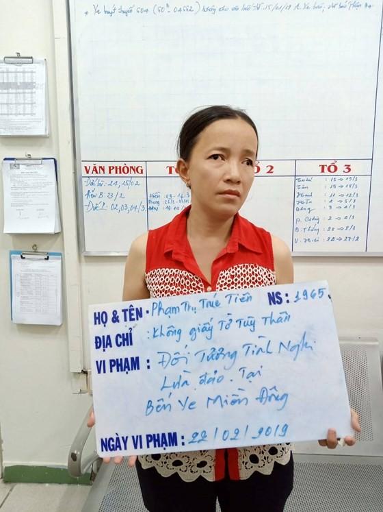 Người phụ nữ đánh thuốc mê lấy tài sản khách ở bến xe miền Đông ảnh 1