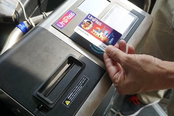 Triển khai thí điểm thẻ thanh toán tự động cho hành khách đi xe buýt ảnh 2
