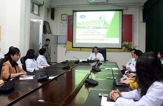 Kinh hoàng: Hơn 230 trẻ được đưa từ Bắc Ninh đến Hà Nội để xét nghiệm sán heo ảnh 1