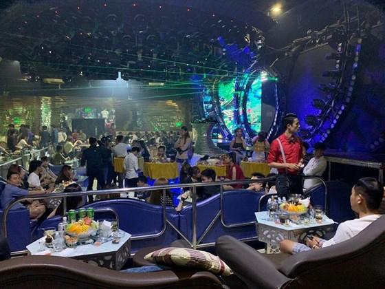 Gần 150 dân chơi phê ma tuý ở quán bar 86
