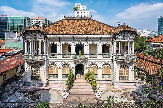 Restoration  of the nearly 100  years old mansion ảnh 1