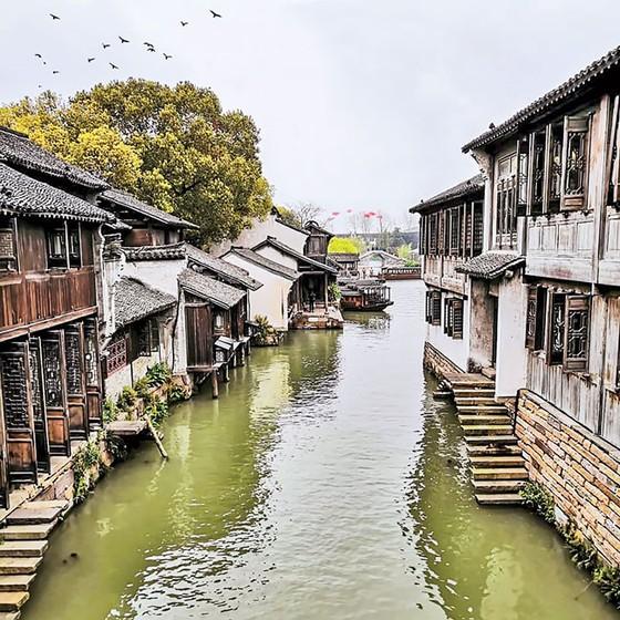 Thủy trấn thơ mộng ở Chiết Giang ảnh 4