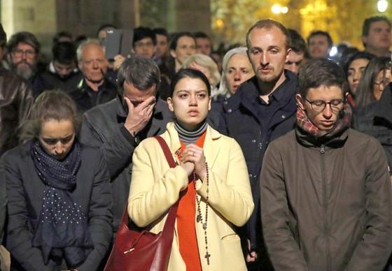Nhà thờ Đức Bà Paris cháy: Cần 10-20 năm phục dựng ảnh 2