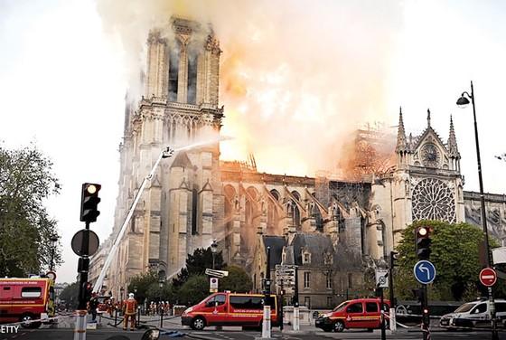 Nhà thờ Đức Bà Paris cháy: Cần 10-20 năm phục dựng ảnh 3
