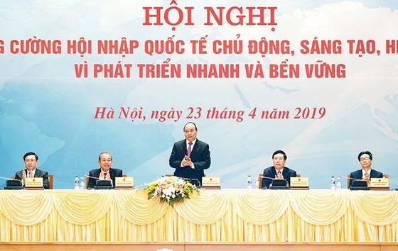 Thủ tướng Nguyễn Xuân Phúc: Doanh nghiệp và người dân là chủ thể của hội nhập quốc tế ảnh 1