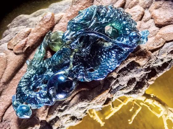 Minh Pasteur và bộ sưu tập siêu nhỏ trên đá quý  ảnh 4