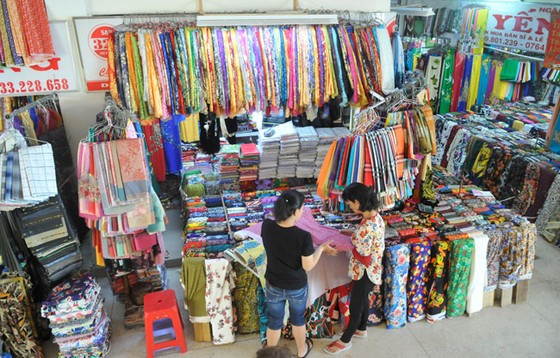Doanh nghiệp Việt gặp khó  ở thị trường nội địa ảnh 1