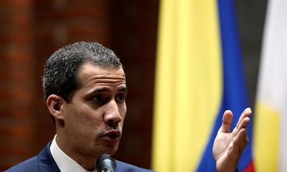 Juan Guaido phát biểu tại một hội nghị ở Đại học Công giáo Andres Bello tại Caracas, Venezuela hôm 24-5. Ảnh: REUTERS