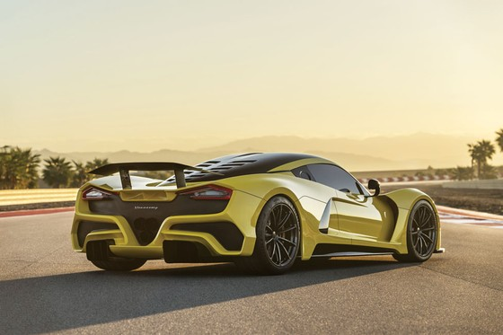 Top 3 xe nhanh nhất thế giới ảnh 1