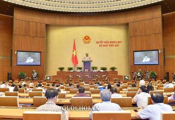 Quốc hội thảo luận về dự án Luật sửa đổi, bổ sung một số điều của Luật Kiểm toán nhà nước. Ảnh: Quochoi