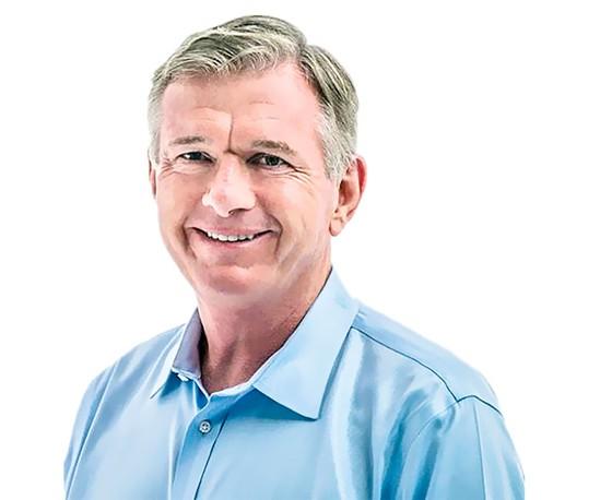 CEO Finbarr O'neill - Vị luật sư có tài lãnh đạo ảnh 1
