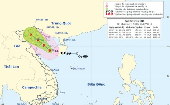 Bão số 2 giật cấp 11 đã đổ bộ vào các tỉnh từ Hải Phòng đến Nam Định ảnh 1