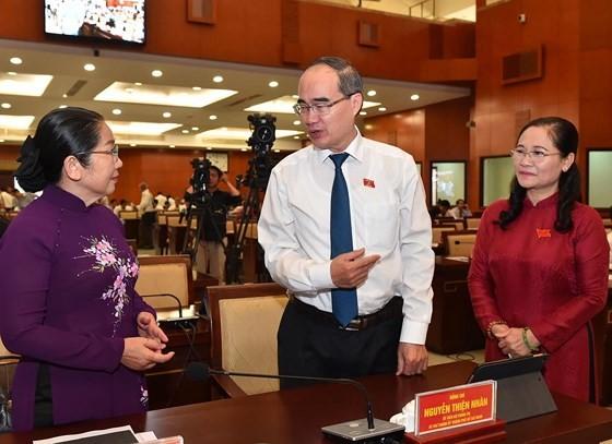 Bí thư Thành ủy TPHCM Nguyễn Thiện Nhân: Lập mới khu công nghiệp cho doanh nghiệp công nghệ cao ảnh 2