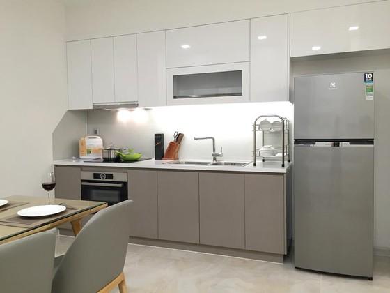 Không gian bếp tối giản ảnh 2