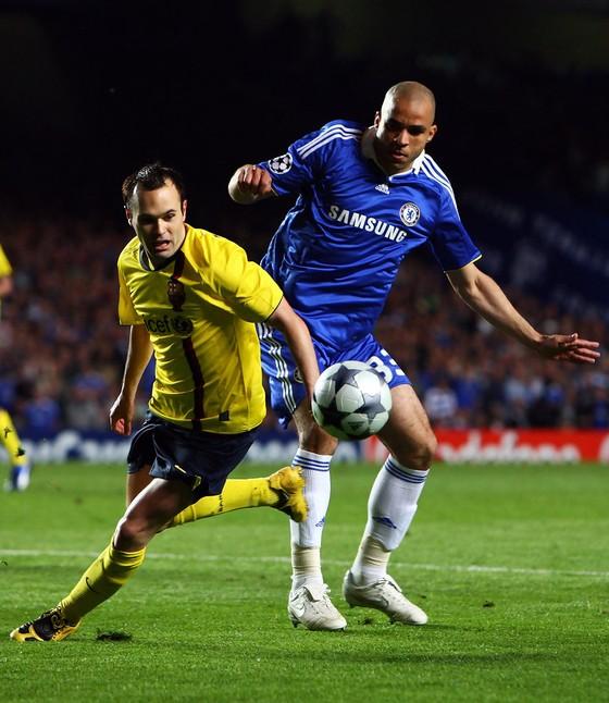 Thủ quân Barca háo hức trở lại sân Chelsea ảnh 1