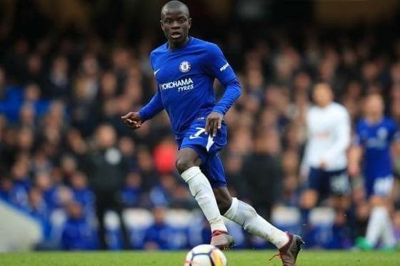Kante trong màu áo Chelsea