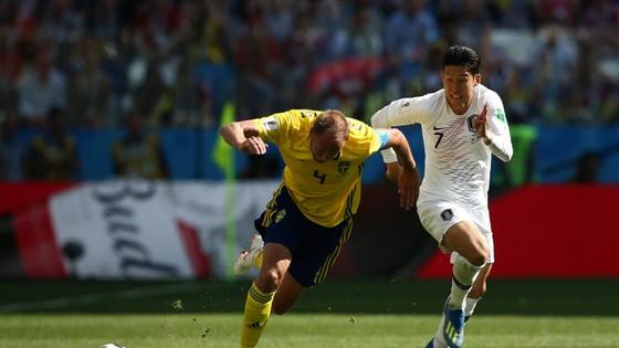 Thụy Điển - Hàn Quốc 1-0, VAR lại gây tranh cãi với quả 11m ảnh 4