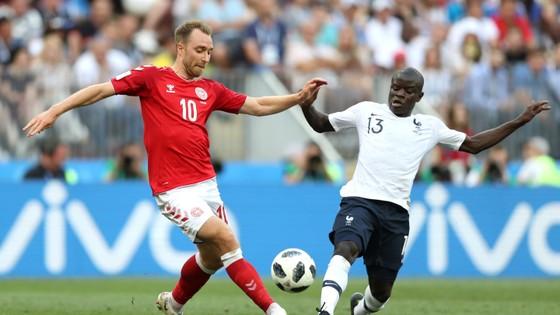 Pháp dắt tay Đan Mạch vào vòng knock-out ảnh 4