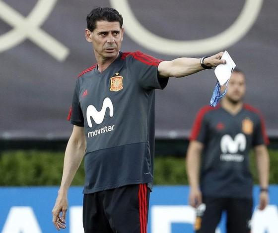 Hierro rời khỏi tuyển Tây Ban Nha ảnh 1