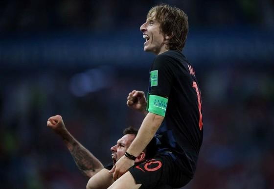 Luka Modric là phiên bản Andres Iniesta 2010?