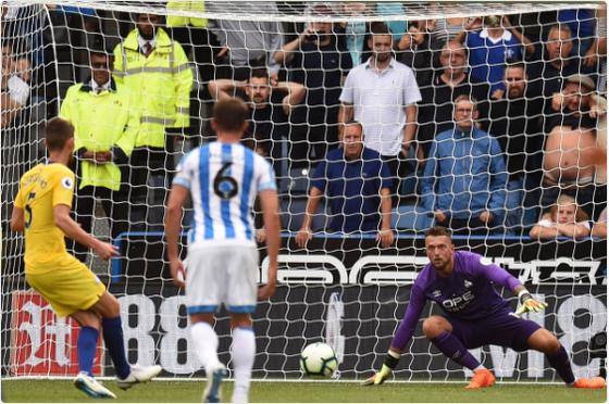 (trực tiếp) Huddersfield Town – Chelsea 0-2: N'Golo Kante mở tỷ số ảnh 2
