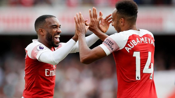 Arsenal - West Ham  3-1, Arnautovic mở tỷ số, Monreal, Welbeck lập công