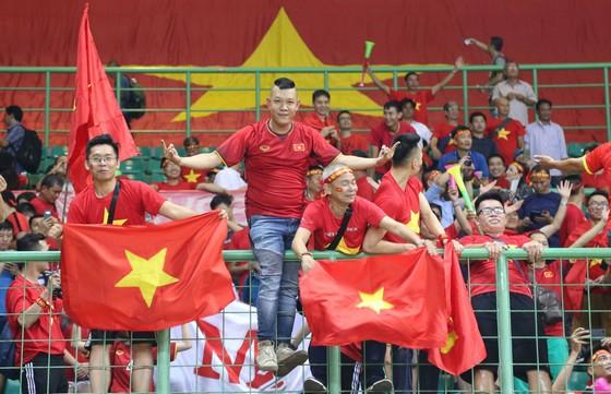 Ngày lịch sử của thể thao Việt Nam ở Asiad: Điển kinh nhặt HCV, bóng đá vào bán kết  ảnh 7