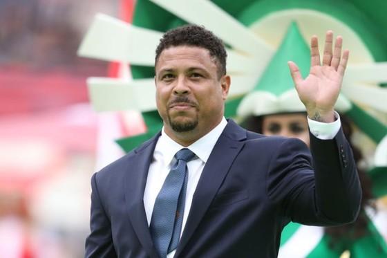 Ronaldo (Brazil) đầu tư vào CLB Liga