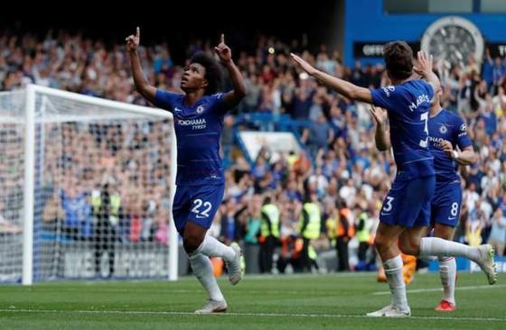 Chelsea - Cardiff City 4-1:Hazard ghi hat-trick, Chelsea chiếm ngôi đầu ảnh 8
