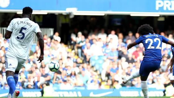 Chelsea - Cardiff City 4-1:Hazard ghi hat-trick, Chelsea chiếm ngôi đầu ảnh 7