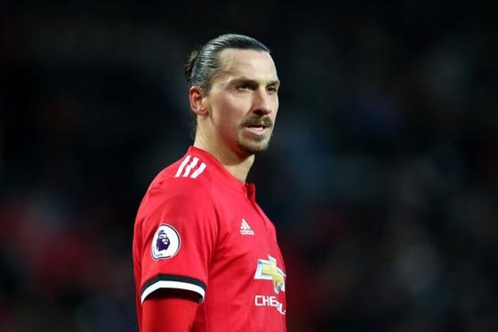 Mourinho đòi đưa Ibra trở lại, nhưng 53% fan Man United phản đối ảnh 1