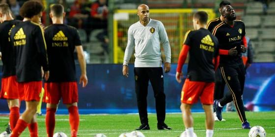 Thierry Henry thư thời vận trên băng huấn luyện