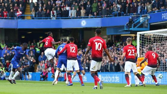 (TRỰC TIẾP): Chelsea - Man United: Không thèm phong tòa Eden Hazard ảnh 1