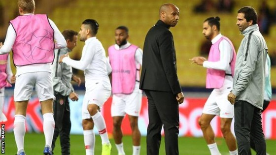 Bao giờ Monaco gượng dậy?