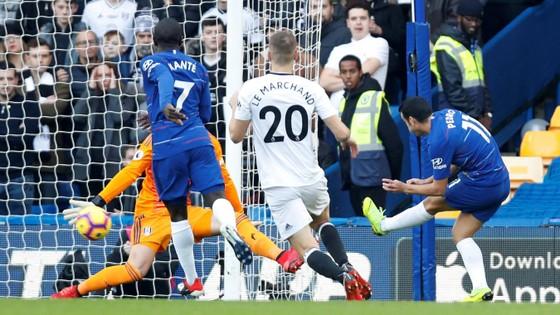 Chelsea - Fulham 2-0: Pedro khai hỏa, Loftus-Cheek góp công ảnh 1