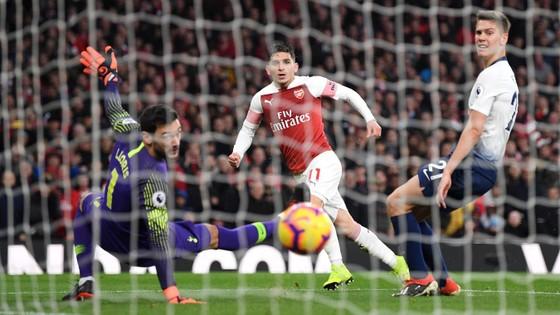 Arsenal - Tottenham 4-2: Màn trình diễn kinh hoàng ở Emirates ảnh 9