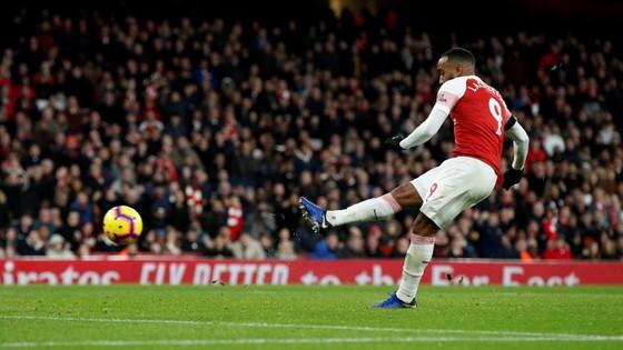 Arsenal vùi dập Fulham trong trận derby London ảnh 6