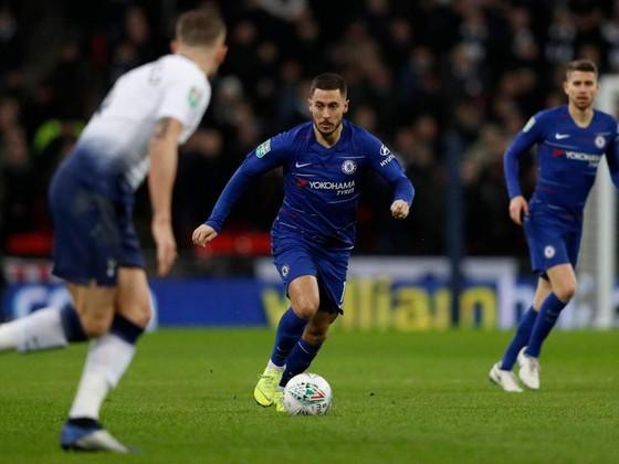 Pochettino sửng sốt trước tài đi bóng của Hazard