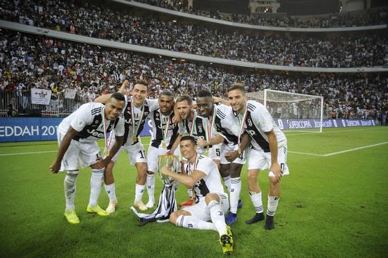 Ronaldo quyết thắng mọi giải cùng Juventus
