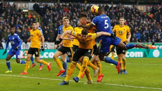 TRỰC TIẾP: Wolves - Leicester City: Sức mạnh chủ nhà ảnh 7